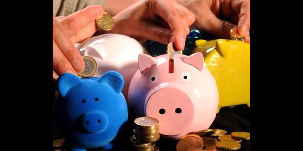 Plus de 4 Belges sur 10 épargnent moins en raison de la crise - La DH