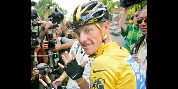 Lance Armstrong provoque sur Twitter