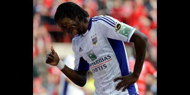 Trois matchs de suspension et 400 euros d'amende pour Mbokani