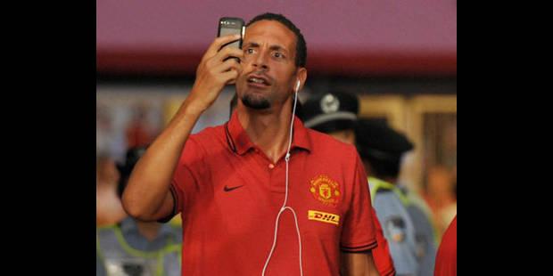 """Amende de 57.000 euros pour Rio Ferdinand pour un Tweet """"inapproprié"""""""