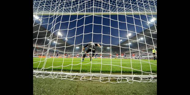 Penalties: Mbokani et De Sutter candidats