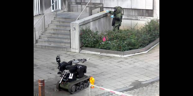 Alerte à la bombe place Xavier Neujean - La DH