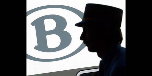 Un carte à puce pour les abonnés SNCB en juin 2012 - La DH