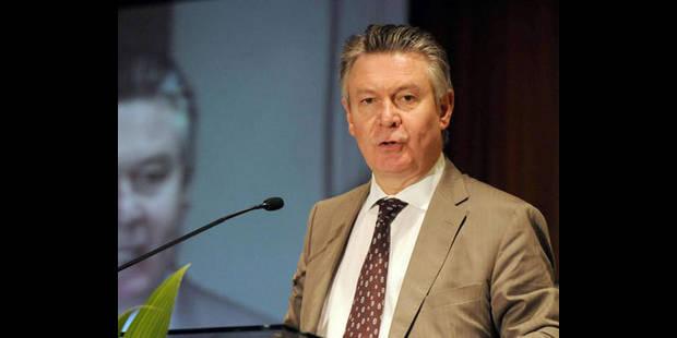 """De Gucht: """"on est en train de mettre ce pays dans la merde"""" - La DH"""