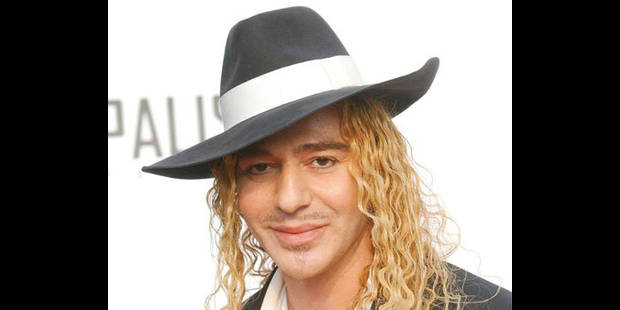 John Galliano insulté par un photographe à son arrivée à Los Angeles