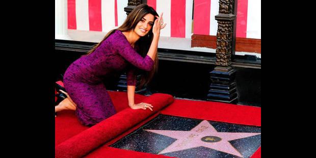 """Penelope Cruz possède son étoile sur le """"Walf of Fame"""" à Hollywood"""