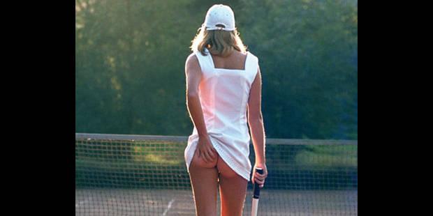 La joueuse de tennis aux fesses nues du célèbre poster sort de l'ombre - La DH