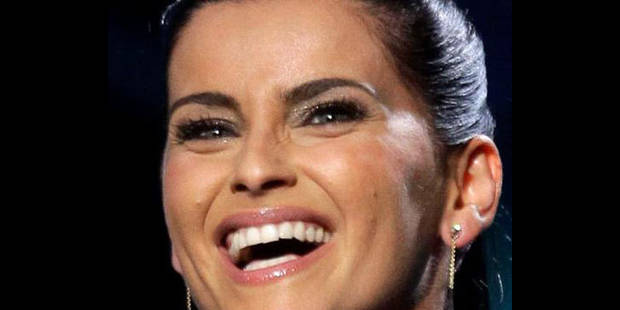 Nelly Furtado va faire don d'un cachet reçu du clan Kadhafi