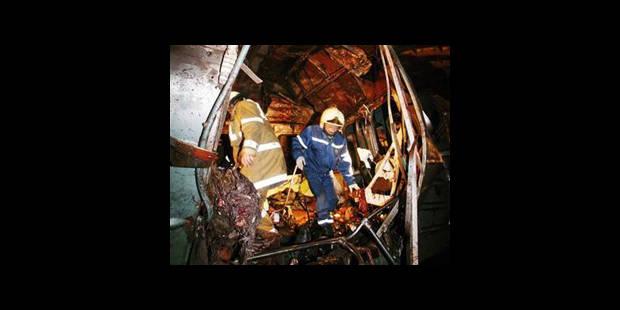 Attentats-suicides dans le métro de Moscou : au moins 37 morts