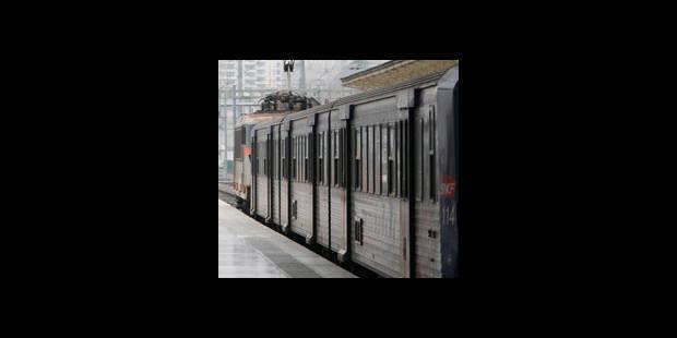 Un homme gravement blessé après avoir tenté d'embarquer à bord d'un train - La DH