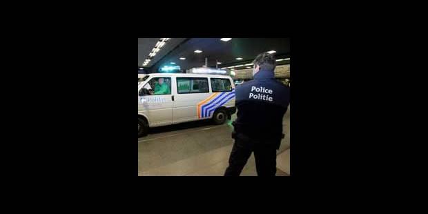 Quatorze policiers inculpés