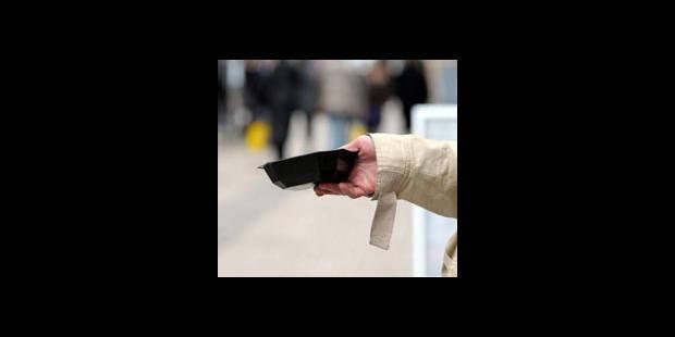Métro bruxellois: appel à ne plus aider les mendiants