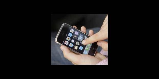 """Une application pour iPhone appelée """"Secouer le bébé"""" retirée de la vente - La DH"""
