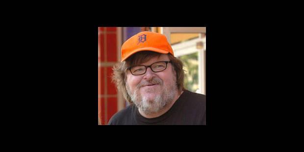 Michael Moore demande l'aide des banquiers courageux