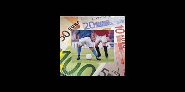 Le ballon de foot est, comme la Terre, rond et dominé par l'argent