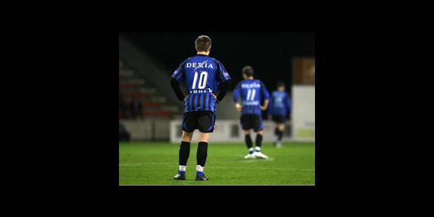 Bruges battu à Mouscron, le Standard prend le large !