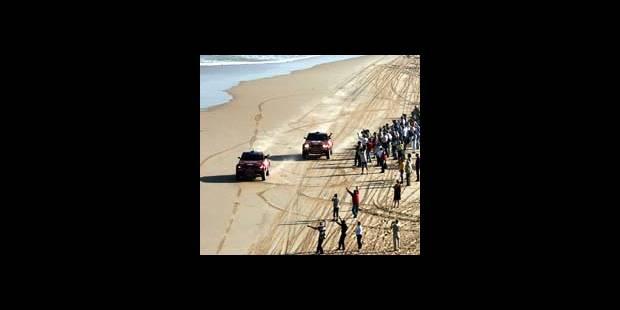 Fin du Dakar 2004: Premières pour Roma et Peterhansel