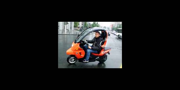 motos titulaires permis voiture tout. Black Bedroom Furniture Sets. Home Design Ideas