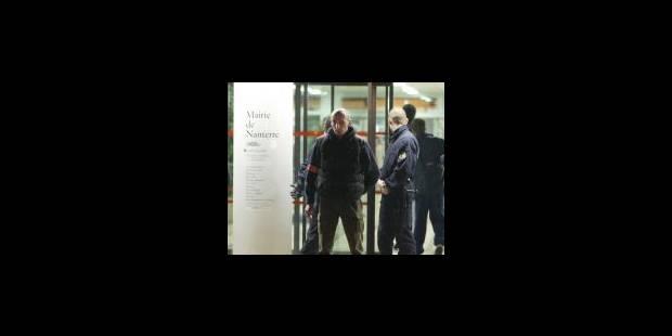 Fusillade meurtrière près de Paris - La DH