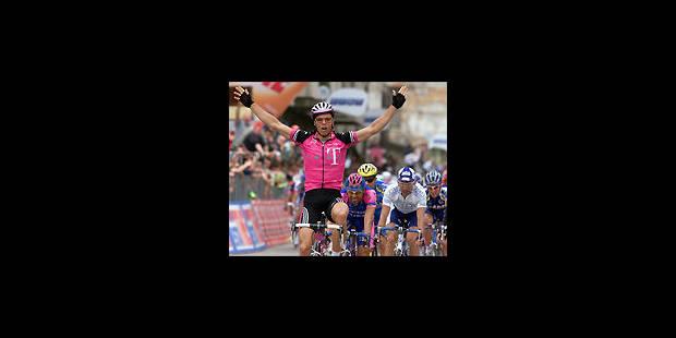 Tour d'Italie: un sprint victorieux de Danilo Hondo