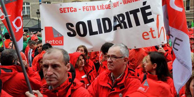 Statut unique: les syndicats délogés du Mont des Arts par la police