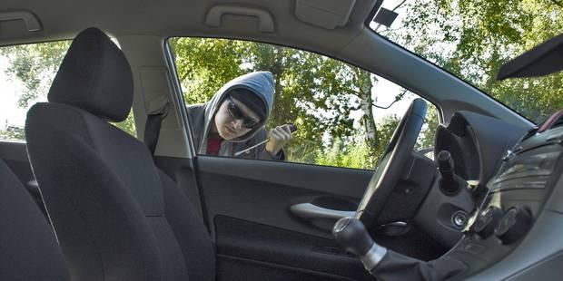 Il vole une voiture avec un enfant à l'intérieur avant de se crasher - La DH