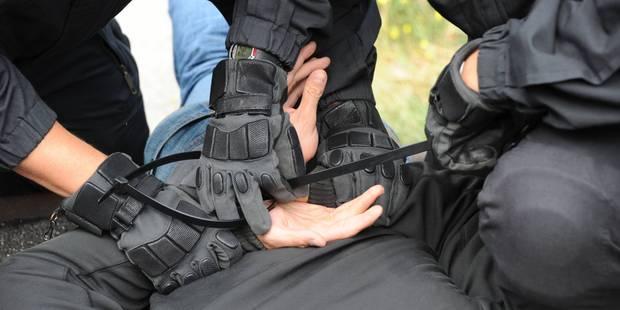Un des hooligans belges appréhendés à Lisbonne est... un policier bruxellois - La DH