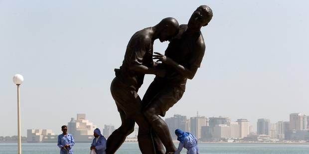 Un Zidane de 5 mètres trône au Qatar - La DH