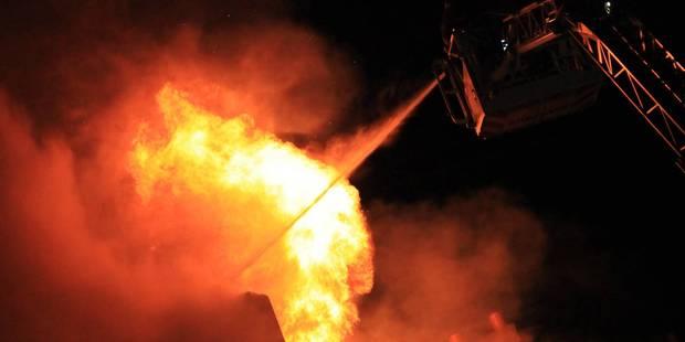 2 personnes grièvement brûlées dans l'explosion et l'incendie de leur maison - La DH