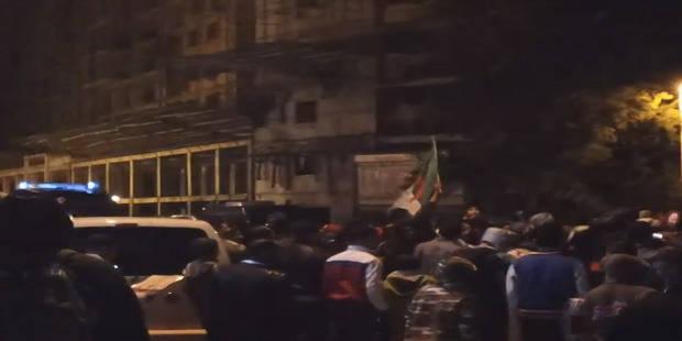 Les supporters algériens rendent la vie infernale à leur visiteurs! - La DH