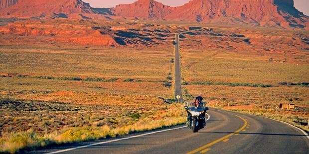 Un motard roulait à 237 km/h sur la E40 - La DH