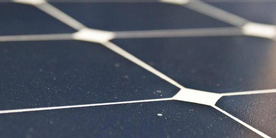 Faire payer les propriétaires de photovoltaïque pour l'utilisation du réseau