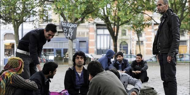 Les quatre grévistes de la faim en soutien aux Afghans suspendent leur action - La DH