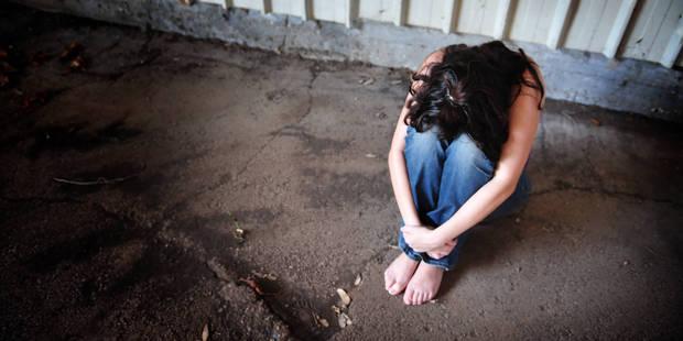 Une adolescente violée finalement autorisée par la Justice à avorter - La DH