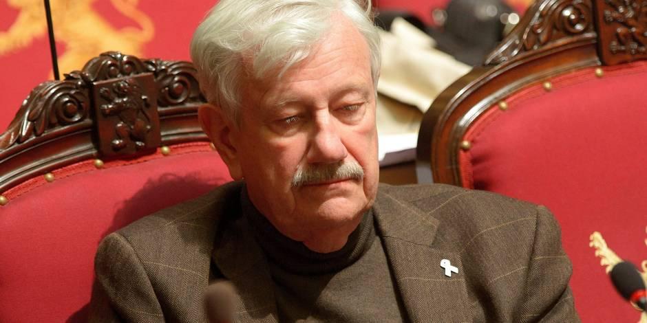 Philippe Moureaux flingue la politique d'asile du gouvernement