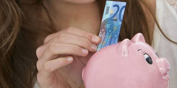 Pour la première fois depuis des années, le Belge épargne moins - La DH