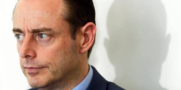 Bart De Wever séduit les petits patrons