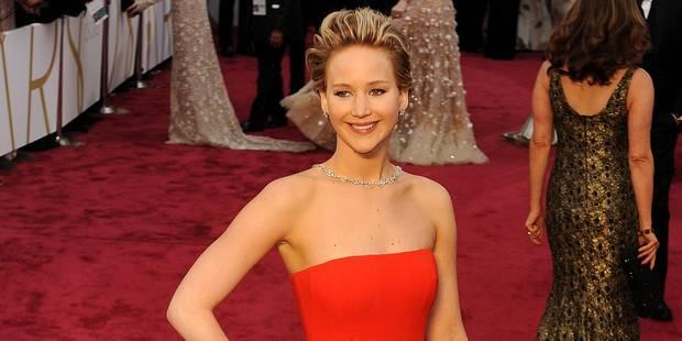 Jennifer Lawrence chute aux Oscars... le retour ! - La DH