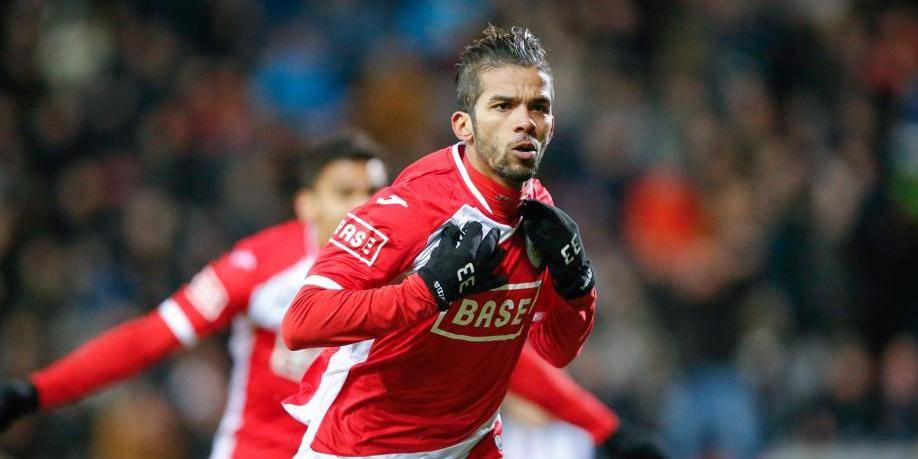 20140215 - CHARLEROI, BELGIUM: Standard's Mehdi Carcela celebrates after scoring the 0-1 goal during the Jupiler Pro League match between Sporting Charleroi and Standard de Liege, in Charleroi, Saturday 15 February 2014, on day 26 of the Belgian soccer championship. BELGA PHOTO BRUNO FAHY