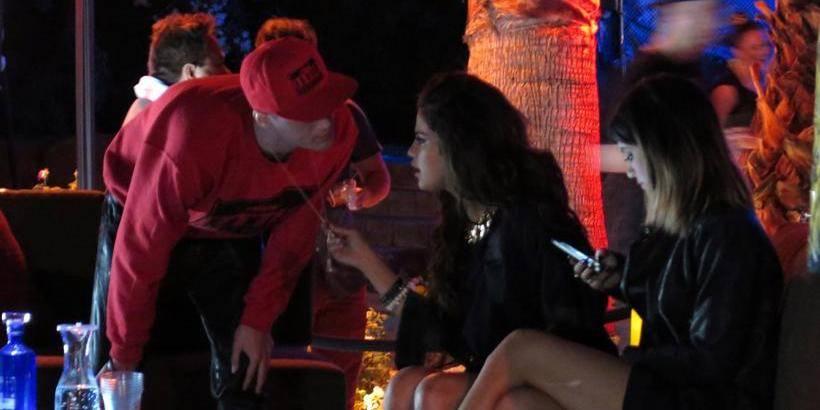 Justin Bieber et Selena Gomez suivent un cour biblique