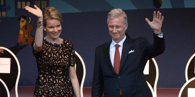 Marolles: bal populaire en pr�sence du couple royal