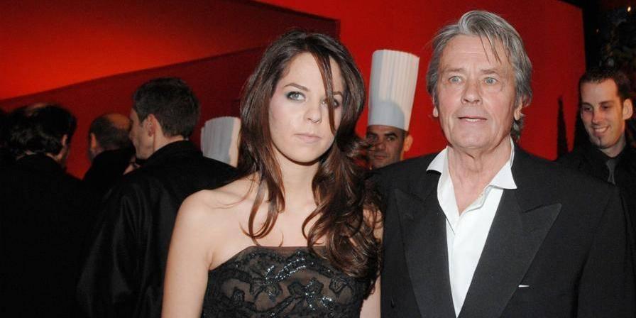 Alain Delon va bien, selon sa fille