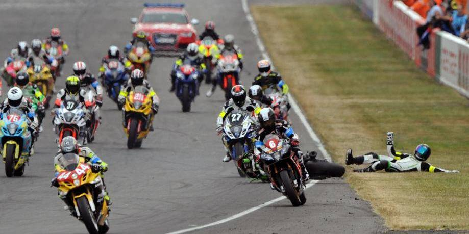 24 Heures du Mans: la Kawasaki N.11 toujours en tête