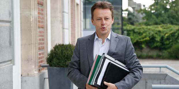 """Aéroport de Charleroi: """"6 millions à rembourser ? Raisonnable"""" estime Di Antonio - La DH"""