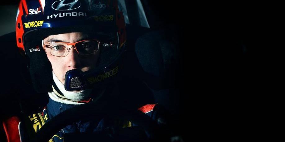 Rallye de France: Latvala en tête, Thierry Neuville et Sébastien Ogier sans moteur