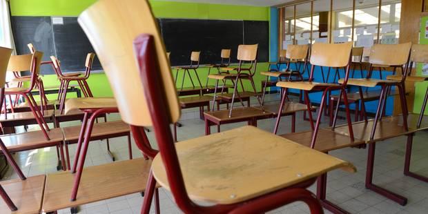 Les arrêts de travail dans les écoles suivis à 75% - La DH