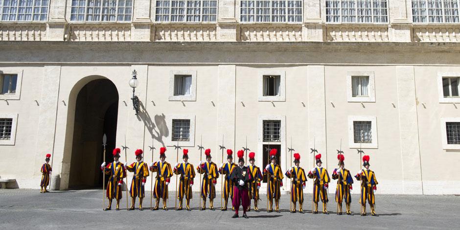 Des centaines de Belges victimes d'une soci�t� li�e au Vatican