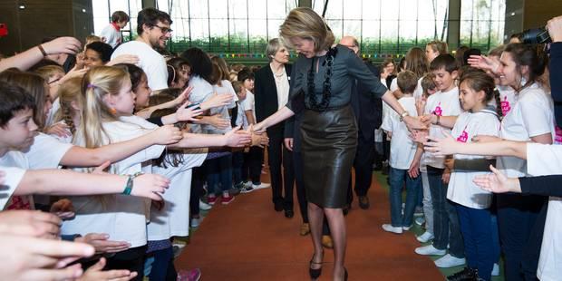 La reine Mathilde et 400 élèves fêtent les 25 ans de la Convention - La DH