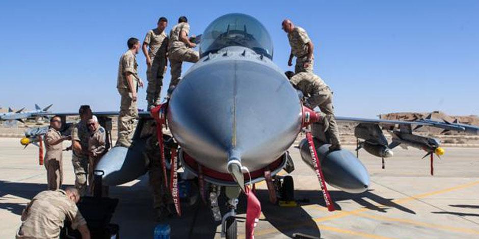 Irak: les F-16 belges ont détruit une raffinerie artisanale de l'Etat islamique