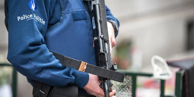 Bruxelles: un policier menace son collègue avec son arme après une discussion sur la religion - La DH